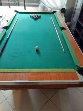 Pool Table-Wooden Top, Ball return feature, Anti warp bracing system