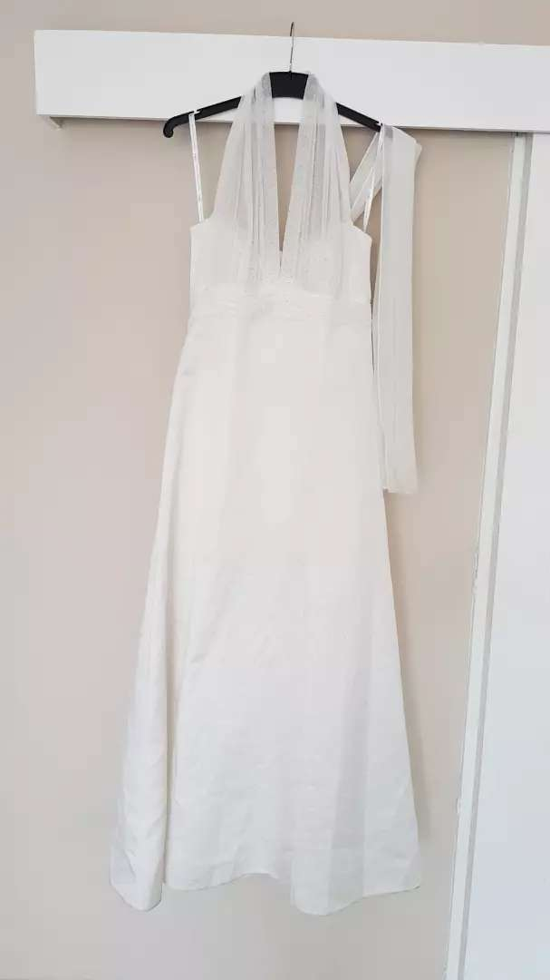 Lovely Bride and Co Wedding Dress 0