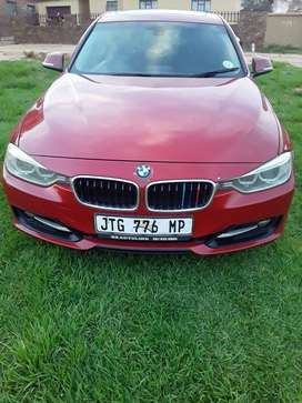 Bmw 2013 model. Automatic with sunroof.