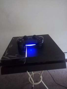 Ps4 Sony + 1 controller