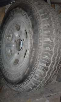 Image of Bakkie tyre and rim 215R15c Goodyear Wrangler one only