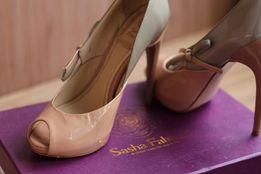 Туфли вечерние Sasha Fabiani