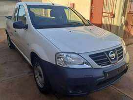 NISSAN NP200 FOR SALE AT VERY GOOD PRICE MANUAL