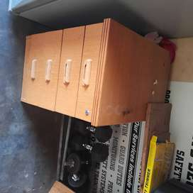 Office desk with chest drawer