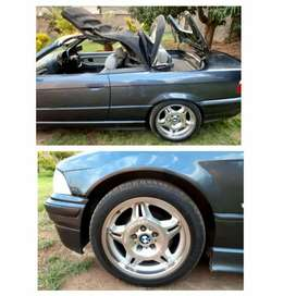 Good condition electrical window top work properly tyres good