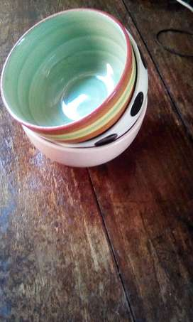 Crockery: cups, plates, bowls for sale