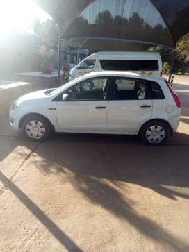 Ford Figo 1.4 ambient 2011 for sale