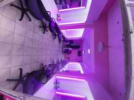 A well furnished and spacious salon for sale