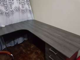 Used 3months coffee T Shape almost New Coffee Table