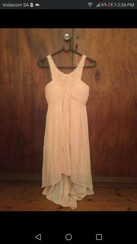 Peach halterneck dress from Forever new, size 6/8