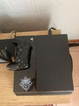 Play station 4 game for sale