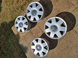 VW Polo 2 mags for sale