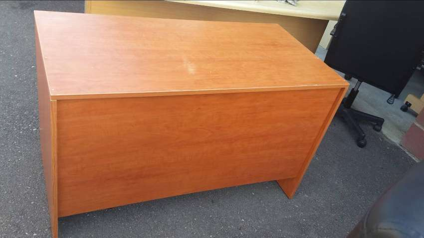 Cherrywood Desk no Drawers 0