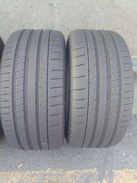 2 quality used tyres for sale 245/35/R19 Michelin pilot super sport