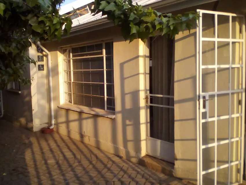 BUSINESS SPACE TO RENT KRUGERSDORP NORTH 0