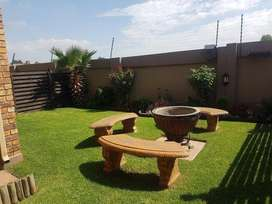 Stunning 2 bedroom townhouse for sale, Sonneveld, Brakpan