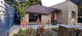 2 Bedroom House R7500pm - Available immediately - Wentworth Park