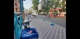 ФАСАДНЫЙ магазин в центре Киева, Панаса Мирного уг. Гусовского.