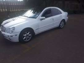 Mercedes benz C270 w203 for sale.
