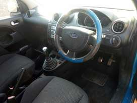 2005 Ford fiesta for stripping
