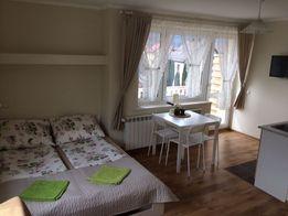 Międzybrodzie Żywieckie- pokój z własną kuchnią, łazienką,balkonem.