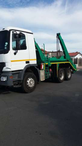 Merc Actros 3334 6x4 skip loader extendable booms