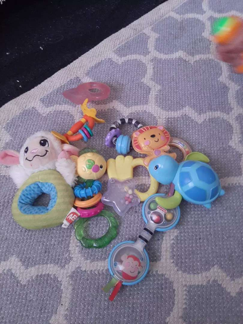 Full bag of baby toys in excellent condition 0