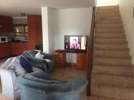 2 and a half 2 bathroom pet friendly house to rent in La Lucia.