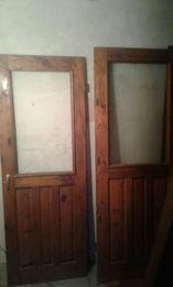 Продам двери балконные сосна бу в хорошем состоянии с коробом 500гр шт