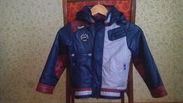 Продам демисезонную курточку куртку на мальчика 110р