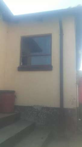 house to rent in Clayville ext 34