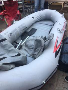 Mariner 4 Inflatable Boat with Oars, Motor and Seats