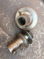Насадка на двигатель под наждак пилу или резальный круг можно с двигат