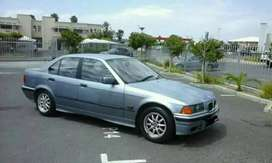 Selling BMW 316 automatic,is in very good con