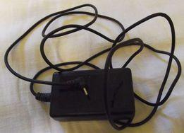 zasilacz ładowarka 3,3V 2,5A do aparatu cyfrowego