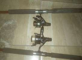 2 rods with 2 Shimano 4000 catrols