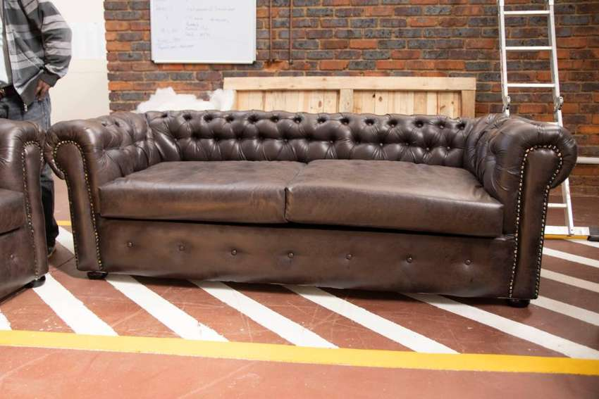 chesterfield couch, genuine leather 3 piece suite 0