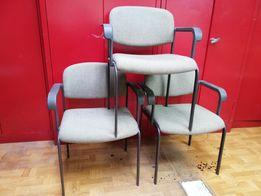 Biurowe krzesła metalowe