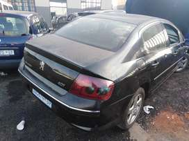 Peugeot 407 v6 automatic stripping for spares.