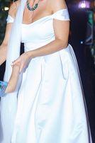 Счастливое свадебно платье
