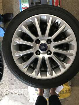 Ford Fiesta rims and tyres