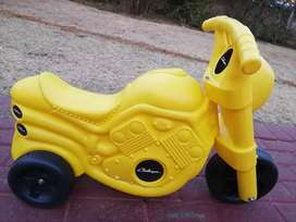 Brand new scooters for kids sale R150
