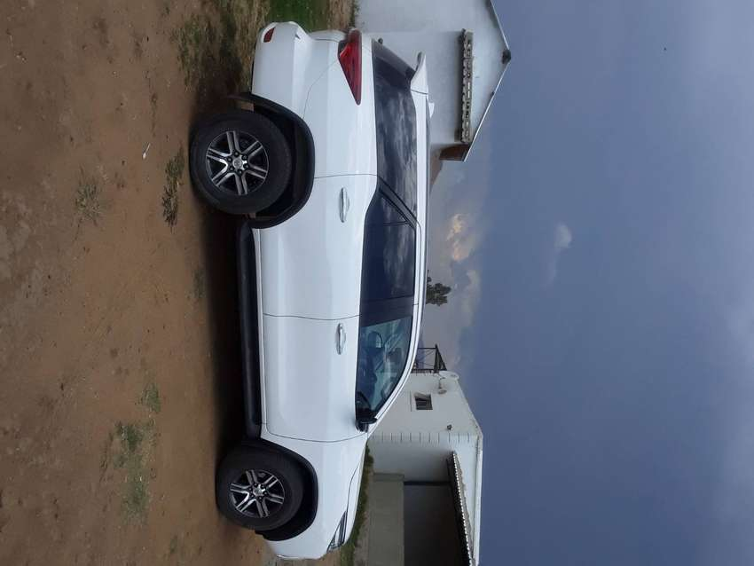 Toyota Fortuner 2.4, 2019 model, Diesel engine and manual 0