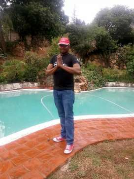 Excellent and Professional Malawian Gardener available