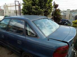 Opel astra 180i stripping spares
