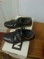 Продам детские кожаные туфельки