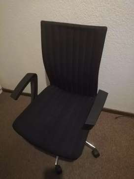 Office chair up for grab at an affordable price