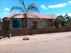 10 room house in Refentse Extension.