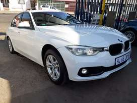 2018 BMW 320-D F-30 automatic with leather seats