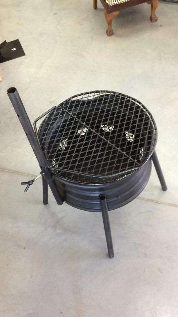 Adjustable Rim Braai